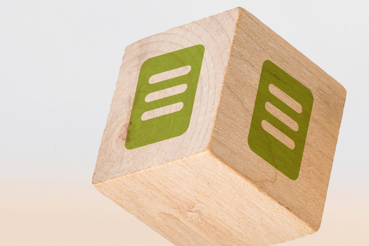 Holzwürfel mit Publikation-Icon